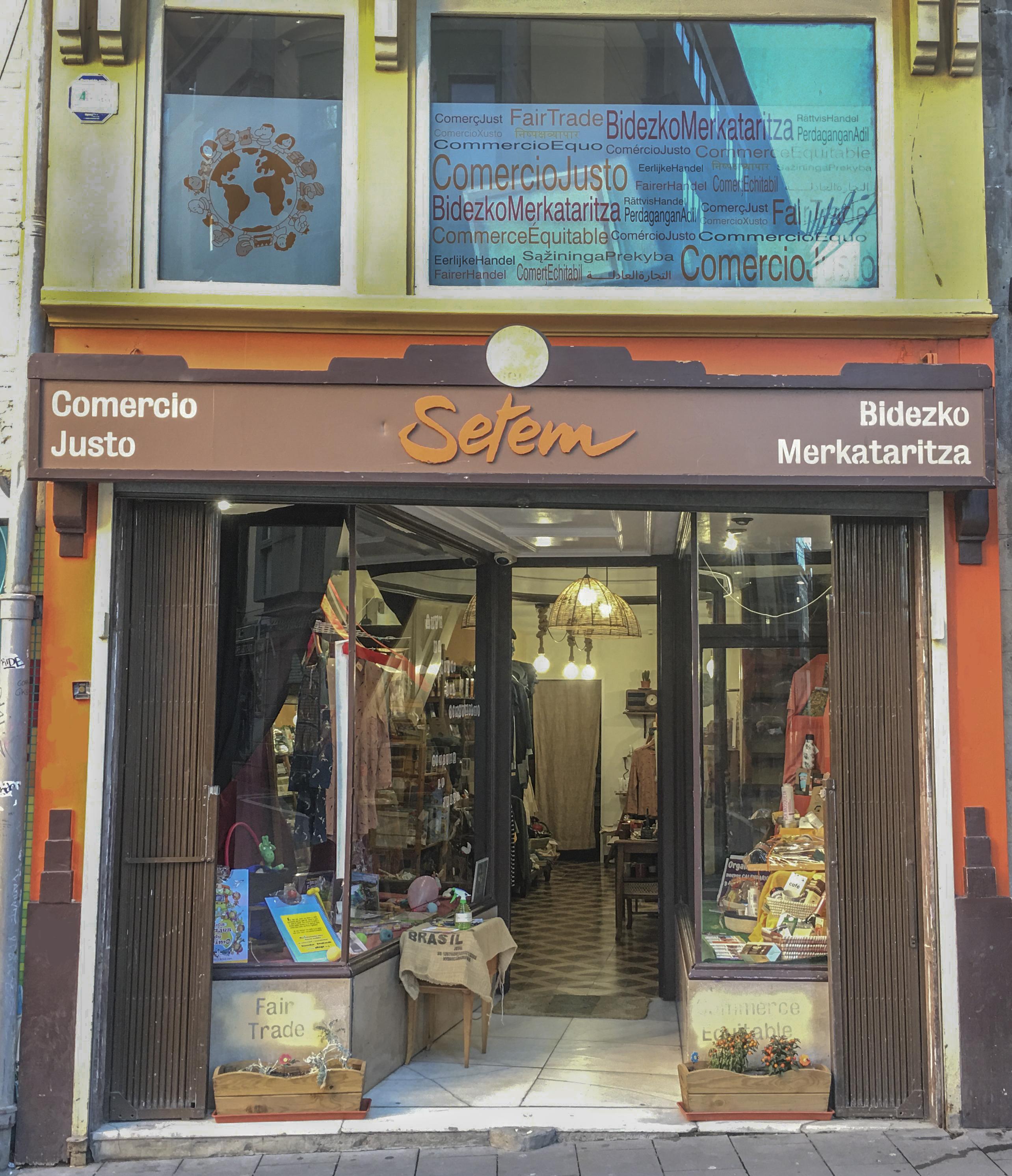 La tienda de Comercio Justo se SETEM Navarra-Nafarroa se encuentra en el Casco Viejo de Pamplona